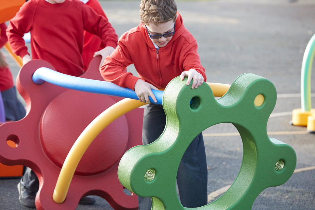 snug play elementary system - commercial playground equipment - independent play