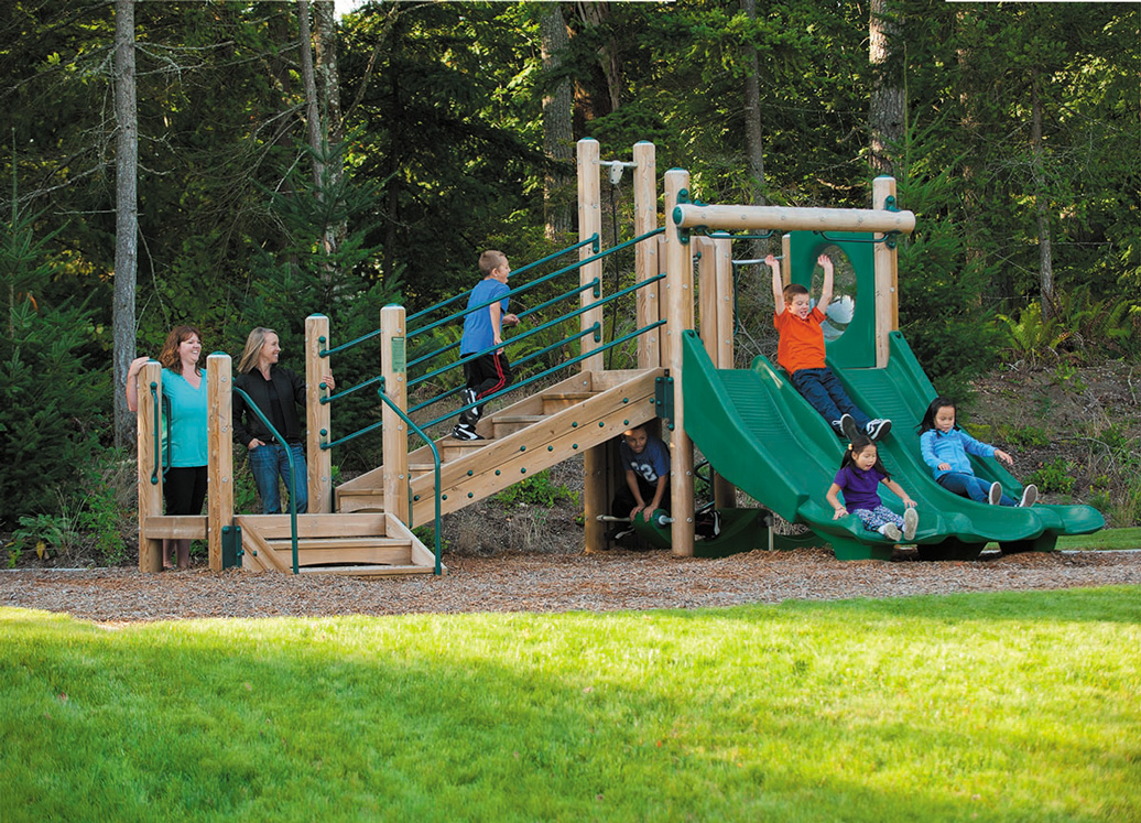 escapade play structure - lifestyle view