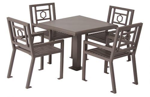 "36"" Round Huntington Table w/4 Chairs"