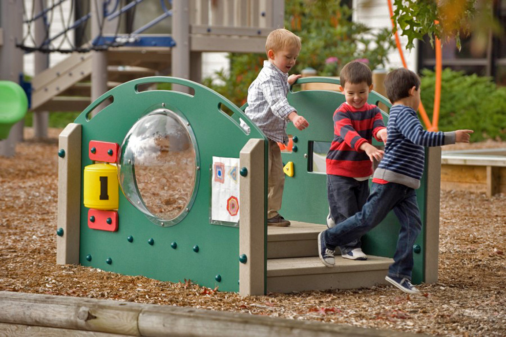 Kinder Crossing - Recycled Material Playground Equipment - APCPLAY