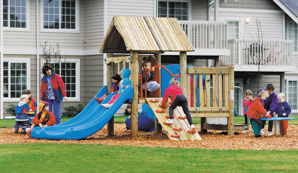 Bungalow Recycled Material Commercial Playground - lifestyle